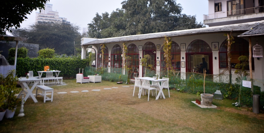 Outdoor Cafe Gurgaon, Soul garden, DLF 4 Cafes, Pizza Gurgaon, Wood Fired Pizza Gurgaon